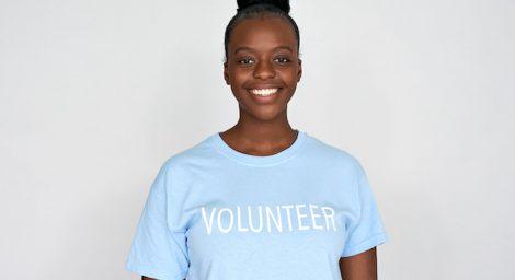 Woman in volunteer t'shire